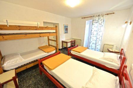 2 chambres de 4 personnes