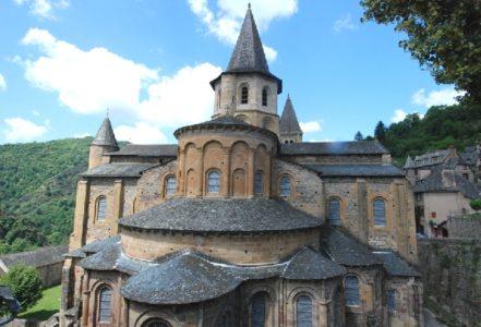 Conques - Visites guidées Abbatiale et les vitraux de Pierre Soulages