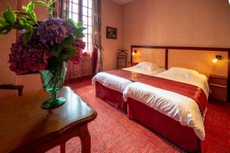 Chambre d'un l'hôtel de Charme de Conques en Aveyron