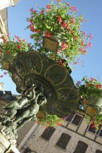 Fontaine de la Place du Marché à St Geniez d'Olt