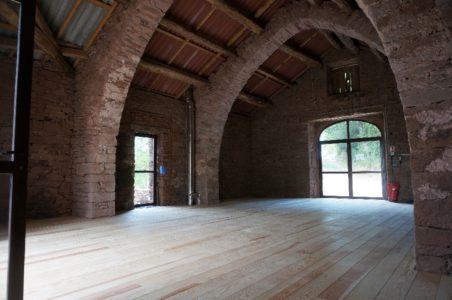 la grande salle du Hameau des Gîtes du Brugas (90m2)