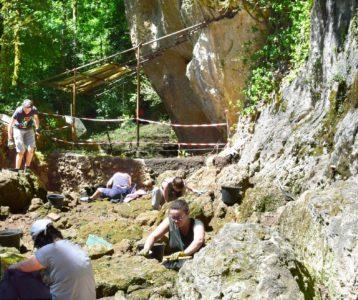 Fouille du site préhistorique de Roquemissou