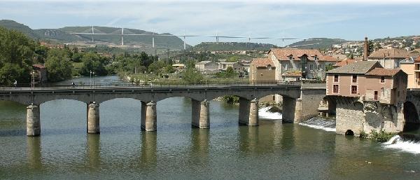 Le Pont Le Rouge et le Vieux Moulin