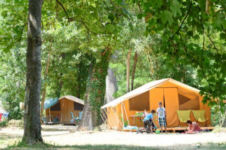 Camping Huttopia Millau -tente aménagée