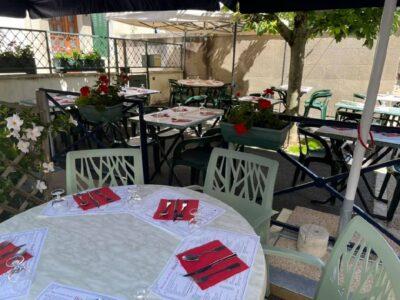 "Restaurant ""Lou Paouzadou"""