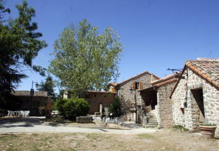 Le Hameau de Moulès (groupes) : village