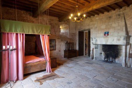 Chambre du seigneur du château de Montaigut