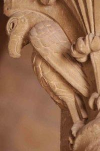 Conques - Visite guidée des Tribunes de l'abbatiale - chapiteau roman