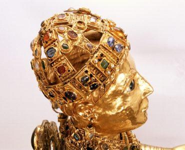 Trésor d'orfèvrerie de Conques - Majesté de sainte Foy