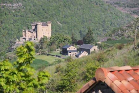 Gîte et château de Cabrières