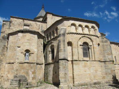 Chevet de l'église-abbatiale Saint-Pierre de Nant (XI° et XII°s.)