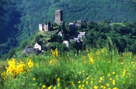 Château et village de Valon